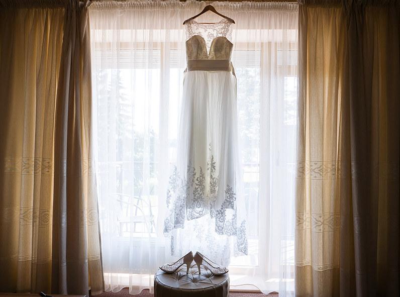nuotakos suknelė ir bateliai