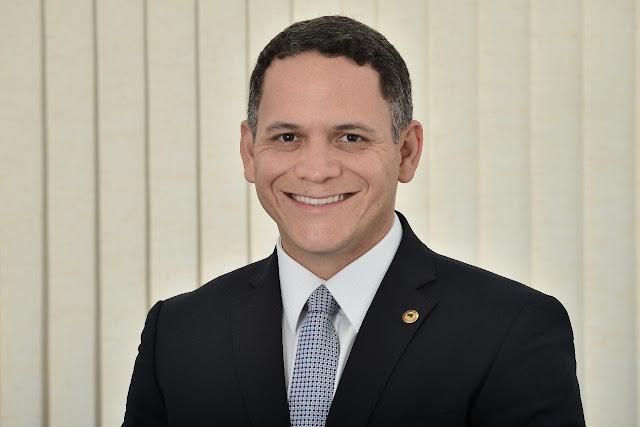 Pablo Barrozo parabeniza Cristópolis