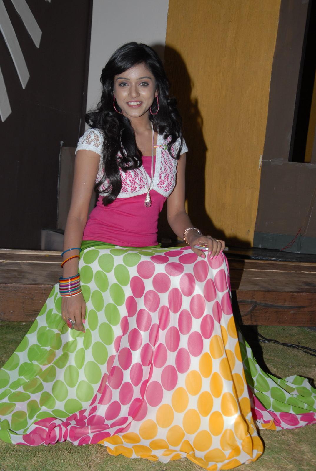 desi beauty ethnic dressed Vithika seru online sales ad event telugu actress photos gallery