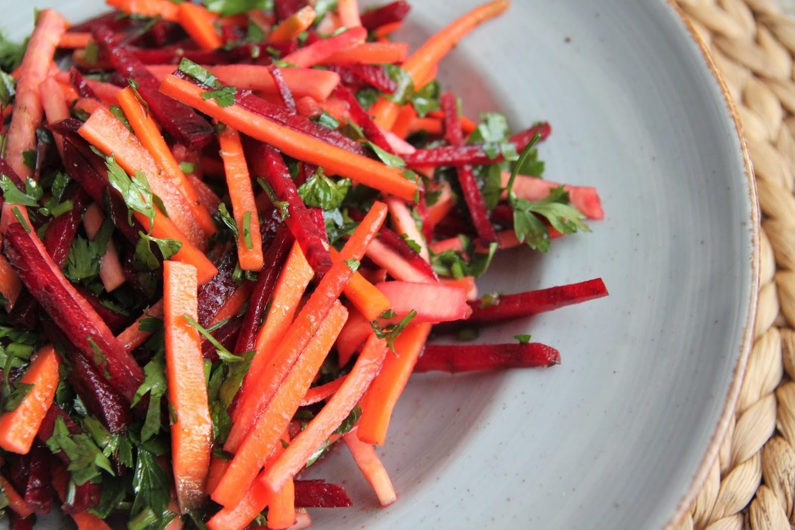 Sałatka z warzyw korzeniowych