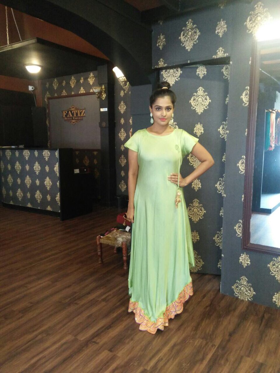 Actress Ramyanambeesan Latest HD Images