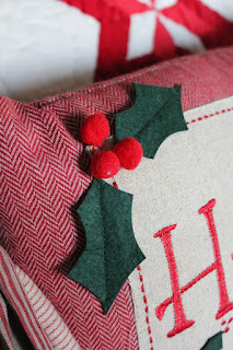 Christmas Bedroom Decorating- Itsy Bits And Pieces