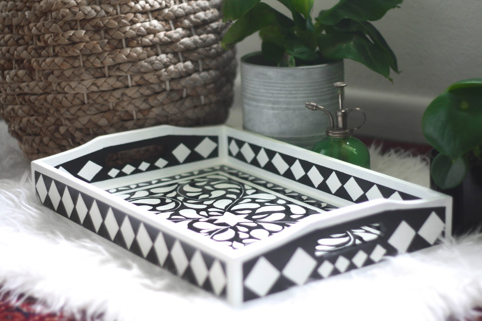 DIY beautiful faux bone inlay tray tutorial