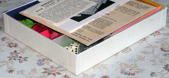 Monopoly 1935 box opened