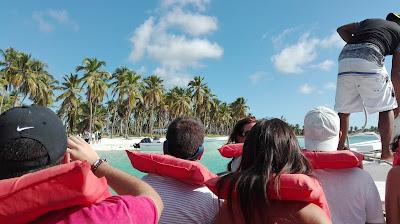 Tour Isla Saona, Canto de la playa, vuelta al mundo, round the world, mundoporlibre.com