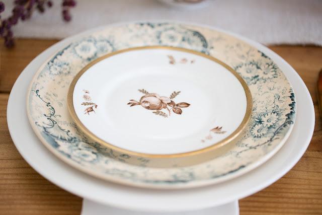 blue antique dinner plates