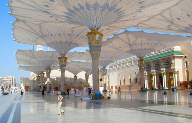 The Mosque of the Prophet (Masjid Al Nabawi) - Saudi Arabia
