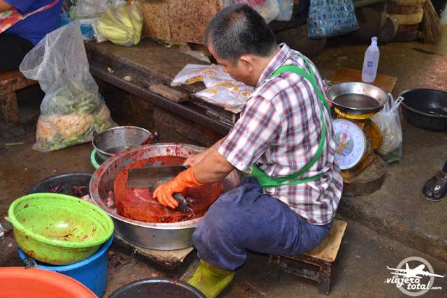 Mercado del tren de MaeKlong - Tailandia