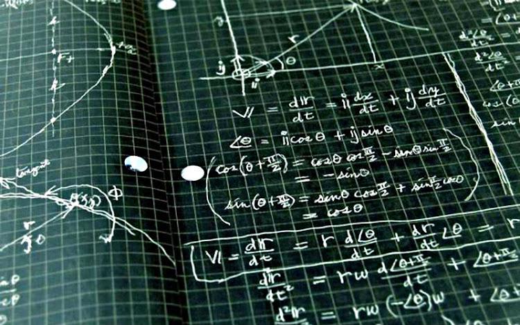 Algoritmos y Estructuras Discretas