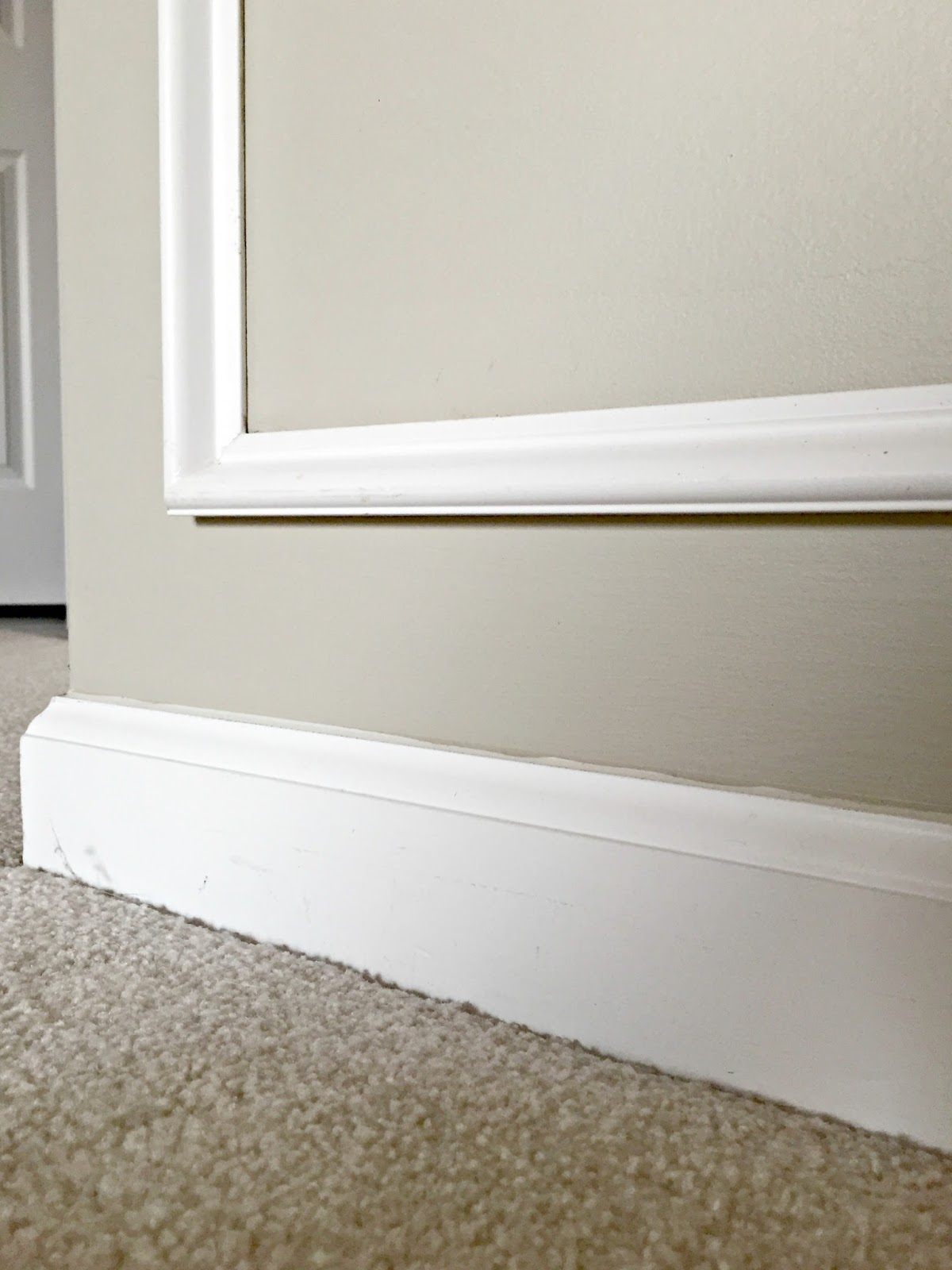 How To Remove Baseboards The Easy Way From Thrifty Decor