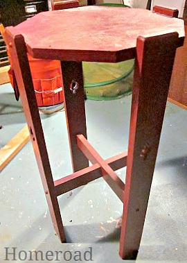 How to Make a DIY Rustic Birdhouse