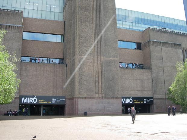 Adline Writes Visit Tate Modern