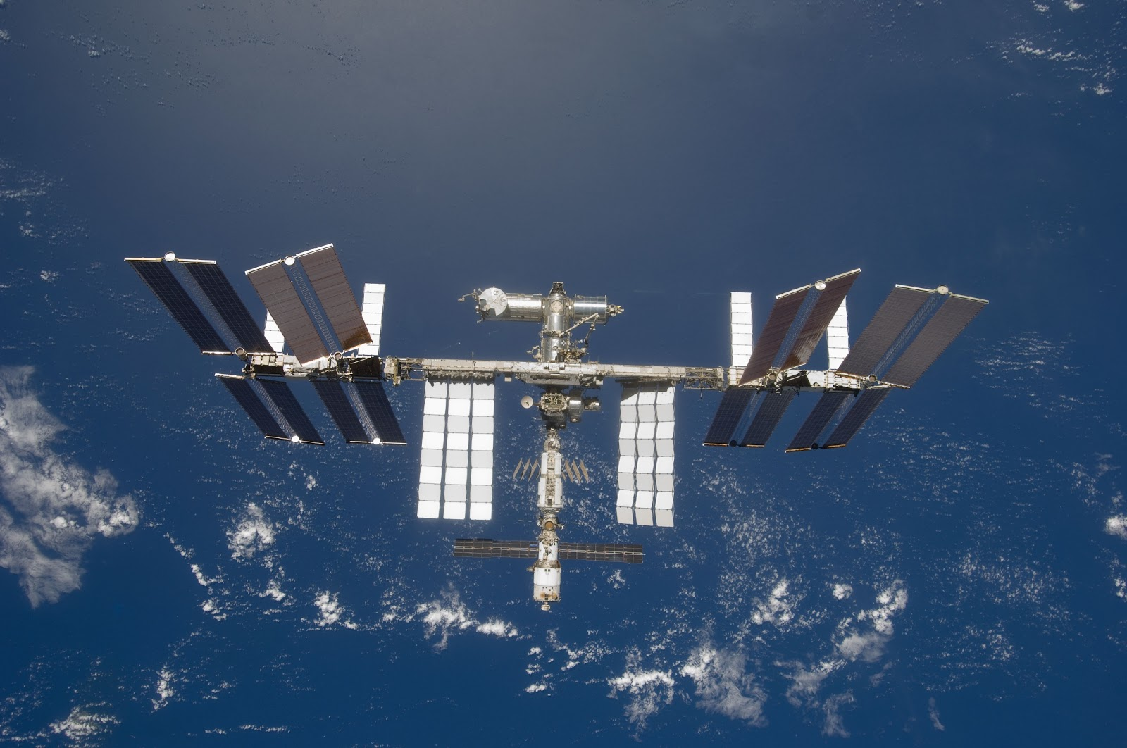 Earth and the International Space Station | Earth Blog