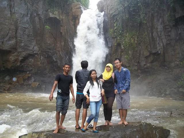 Wisata Batang Curug Gombong
