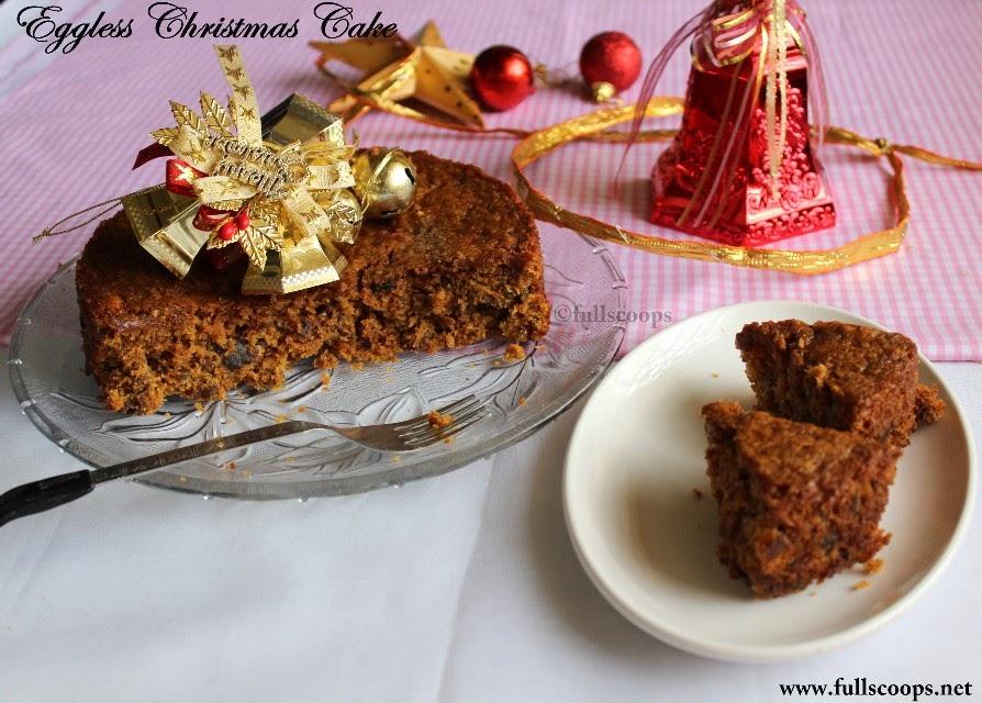 Eggless Christmas Cake