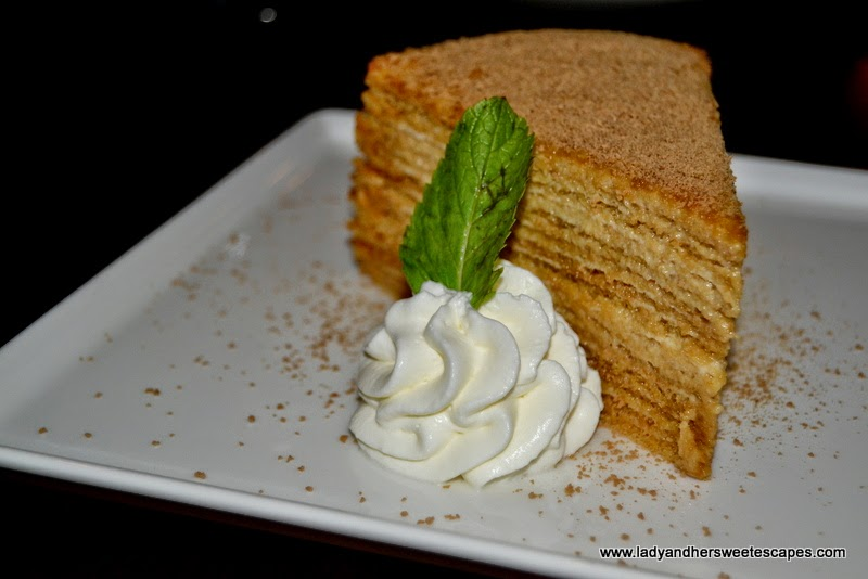 Mo's Heavenly Honey Cake