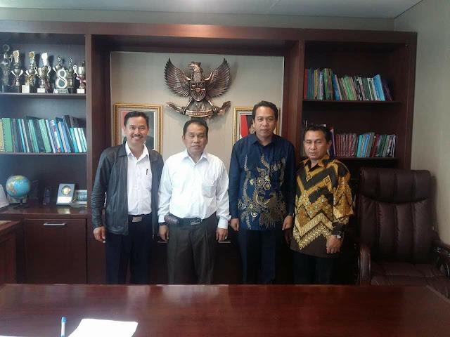 Sah! Dr Joni Tapingku Jabat Ketua STAKN Toraja