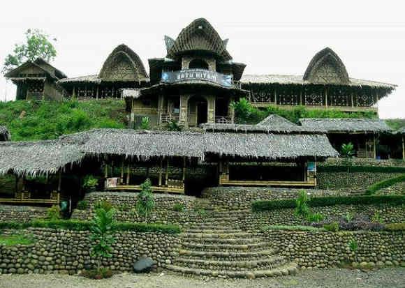 Rumah Makan Batu Hitam Cirahong