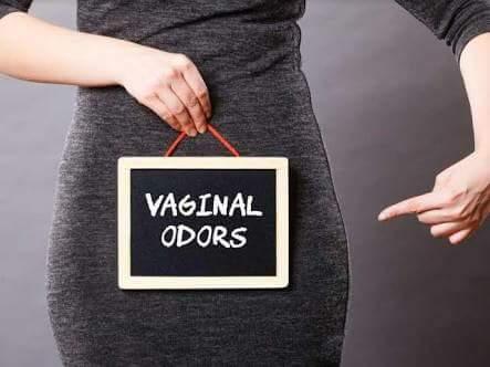 Vaginal odor after period