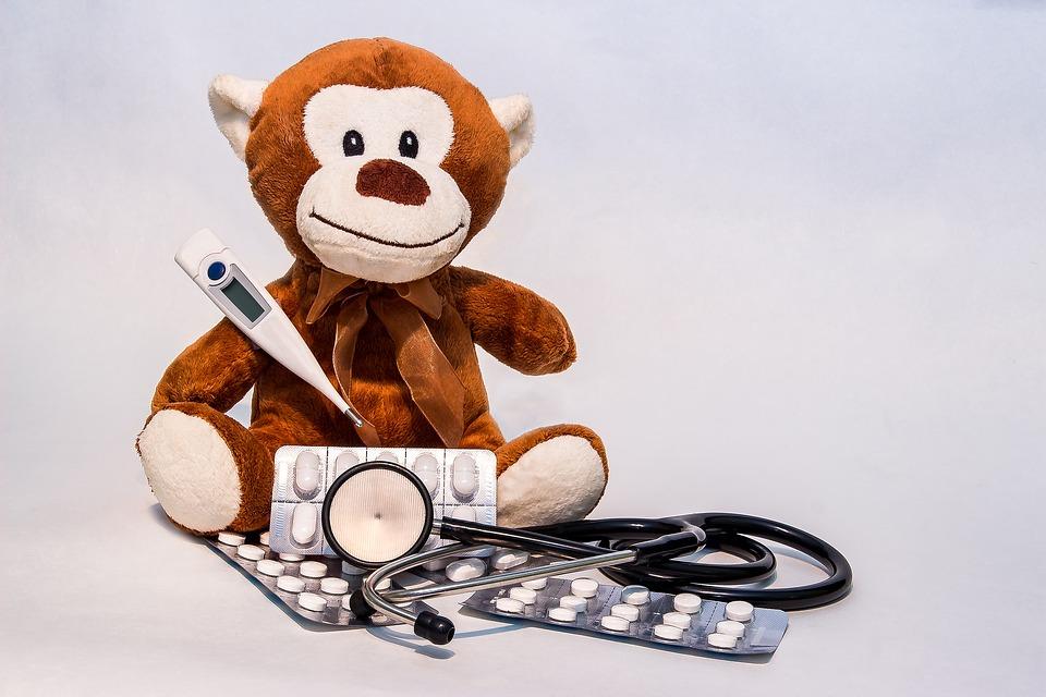 dzieci, dziecko, choroba, wirus, infekcja, leczenie, lekarz, doktor, koszty leczenia, prywatna opieka medyczna