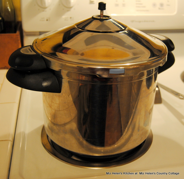Pressure Cooker Classic Beef Stew at Miz Helen's Country Cottage