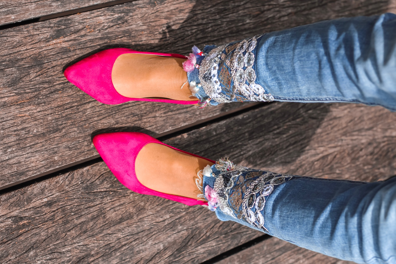 zapatos de punta fucsias