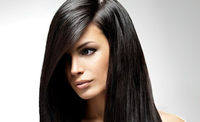 8 Tips Cara Cepat dan Alami Meluruskan Rambut