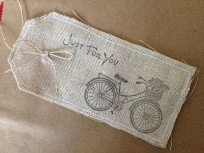 面料礼品标签|聪明的缝纫工程到upcycle织物废料