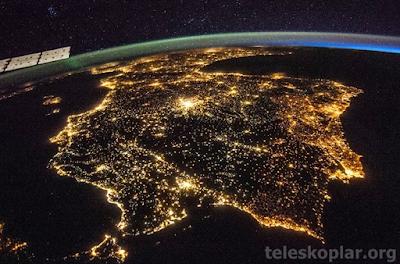 Uzaydan iber yarımadası