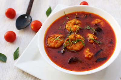 spicy prawns curry with kudampuli fish tamarind recipes spicy fish curry kerala indian style quick and easy lunch ideas