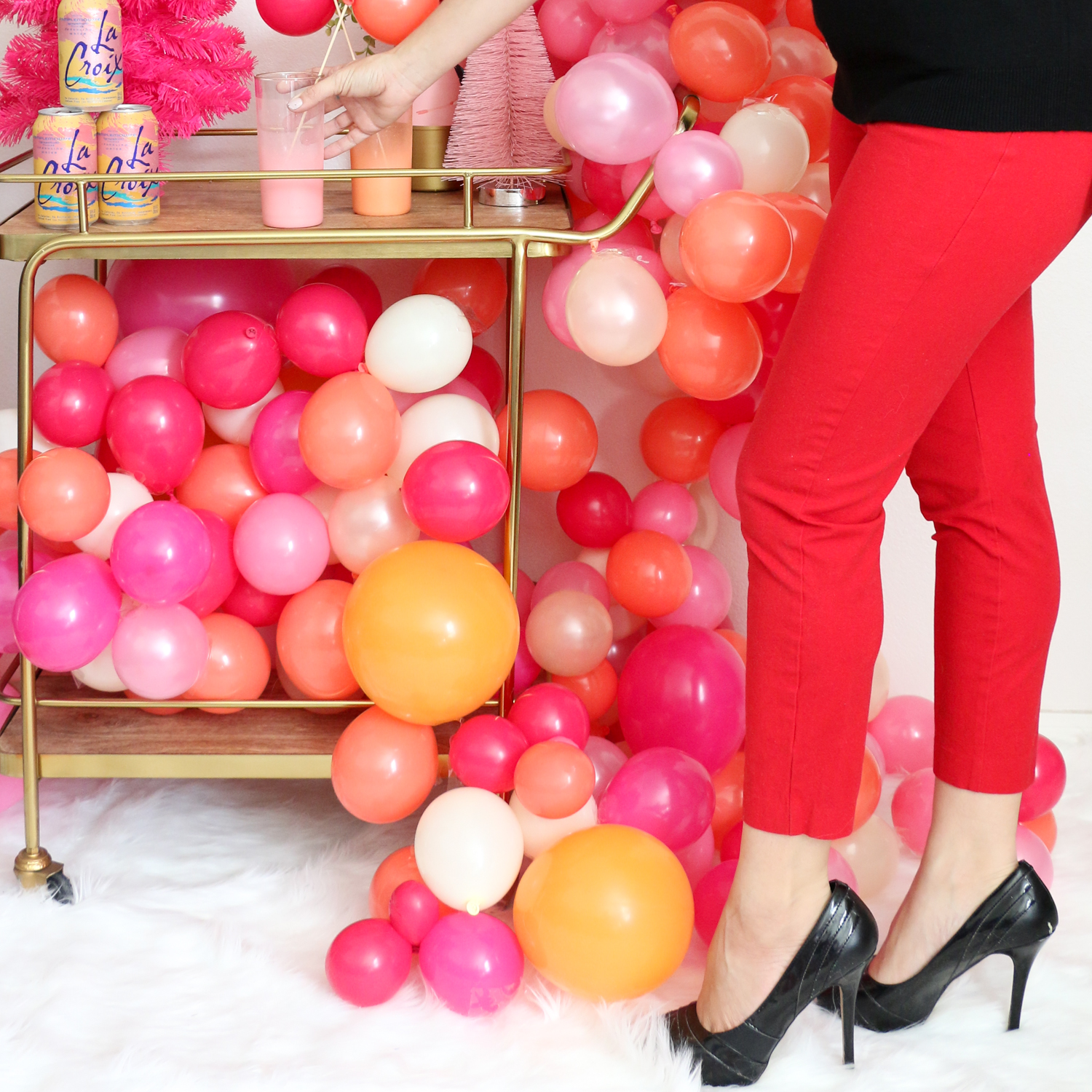 Decorate It A Very Bubbly Christmas Party A Kailo Chic Life
