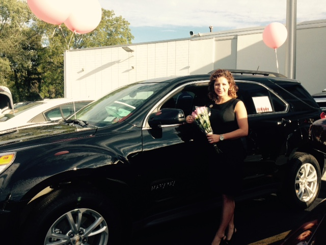 Mary Kay Equinox Delivery at Hoselton Chevrolet, Rochester, NY