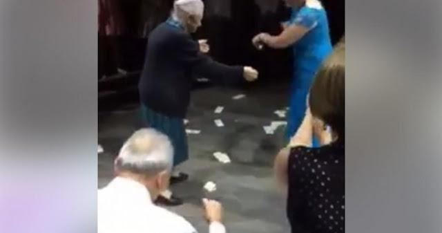 Τραντάζεται Το Τορόντο Από 98χρονη Γιαγιά Που Χωρεύει Ζεμπέκικο – Bίντεο