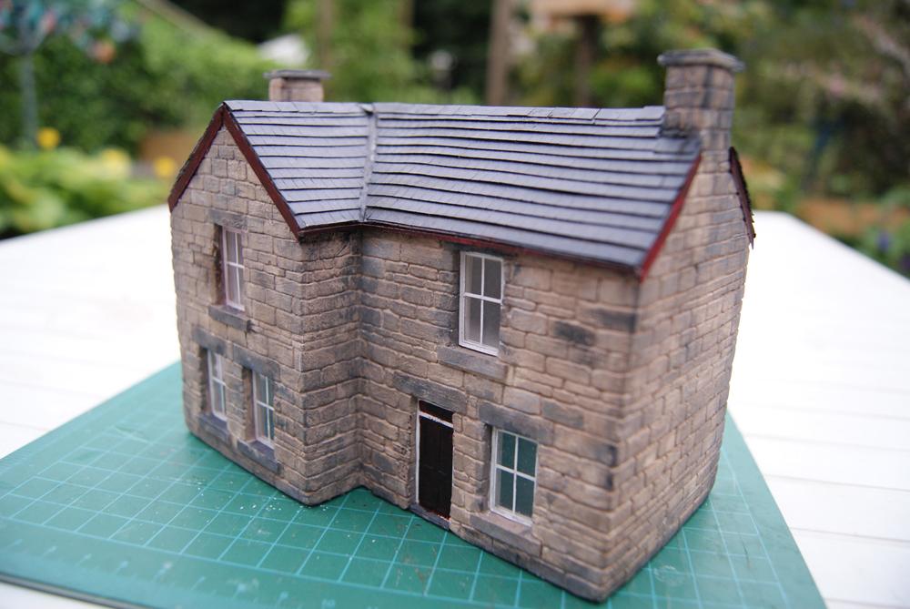 Lnr Model Making Walls Of Clay