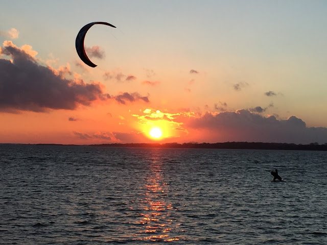 Kitesurfer am Salzhaff