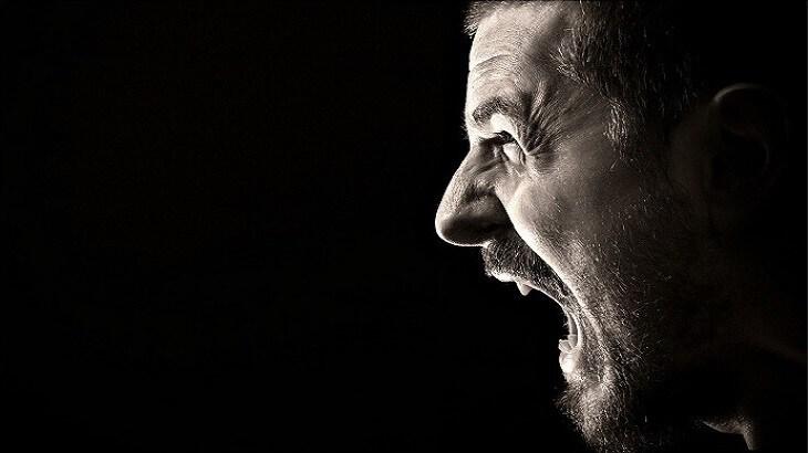 تفسير حلم رؤية الصراخ في المنام لابن سيرين