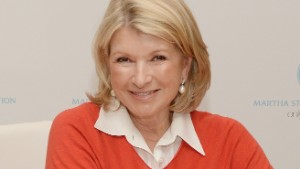 Martha Stewart: 'I'm voting for Hillary Clinton'; Trump 'totally unprepared'