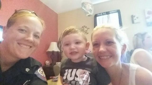 Policías de Oklahoma llegan al rescate en fiesta de niño que dejaron solo