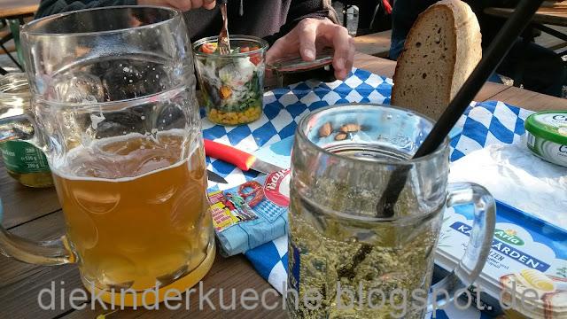 Biergartenpicknick – bayerische Tradition mit cremigem Obatzda