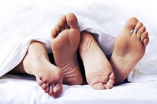 Cara Berhubungan SEX Tidak Hamil Tanpa KB dan Kondom