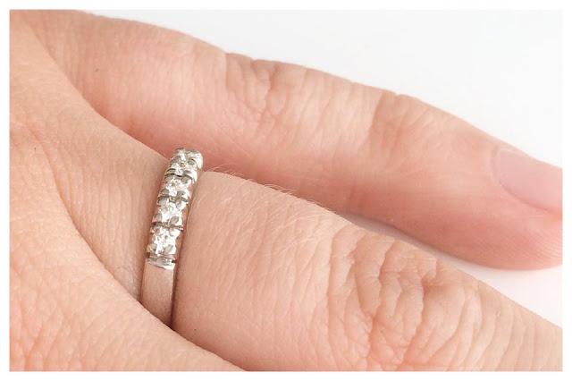 kihlasormus silvan valkokulta timantti