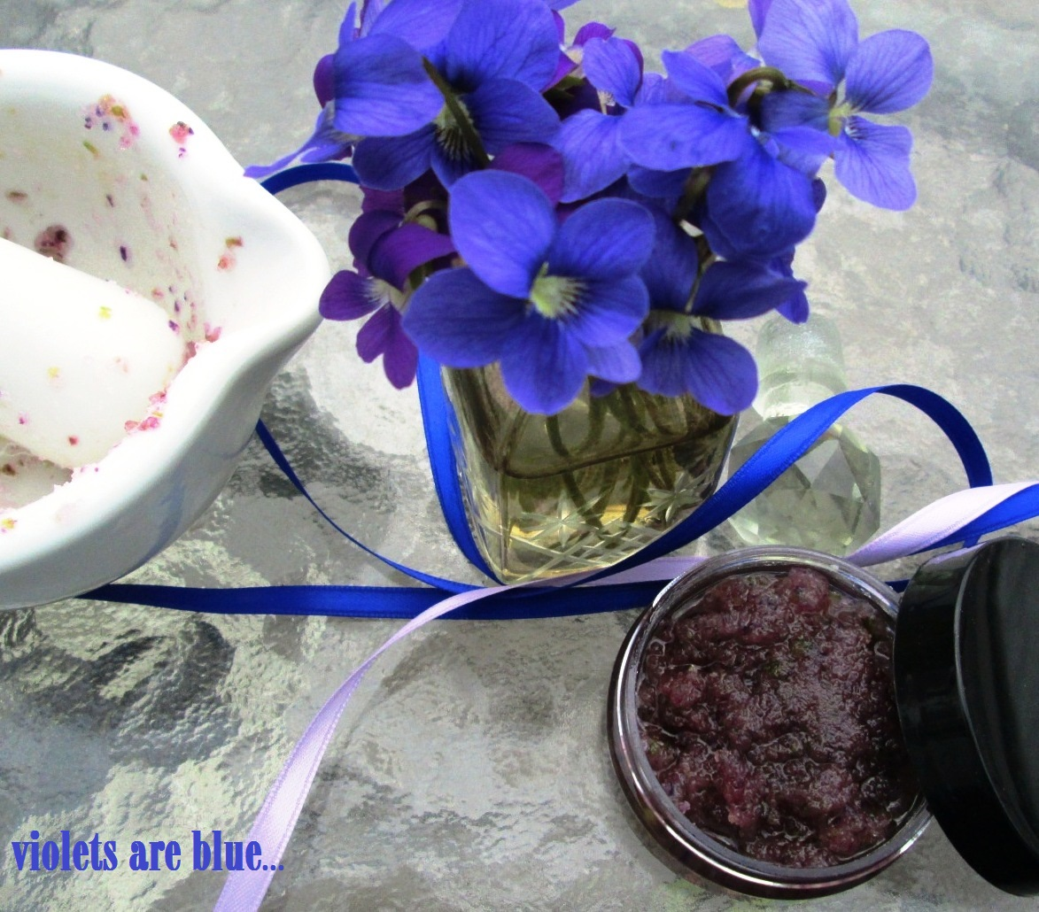 The essential herbal blog violet sugar scrub the yard performed one of her many yearly feats of magic the other day and turned blue and purple with many dots of bright yellow for over 20 years that izmirmasajfo