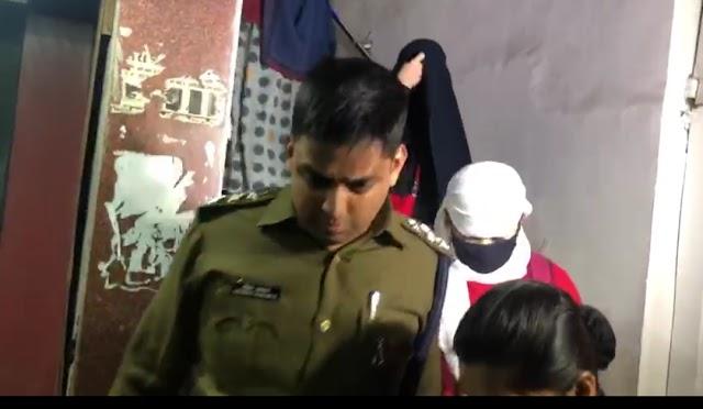 भोपाल में स्पा सेंटर की आड़ में अय्याशी.. विदेशी युवतियों के साथ रंगरेलियां मनाते मिले आधा दर्जन रईस जादे..5 थाई बालाएं भी गिरफ्तार..