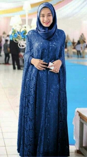 Model Kebaya Muslim Syar'i Bahan Brokat