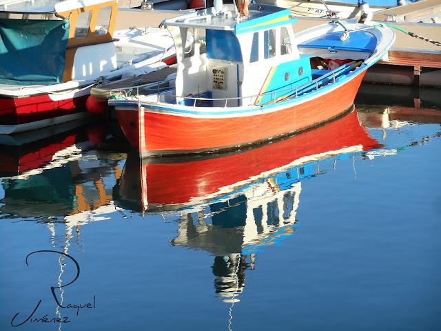 reflejo en el mar. O barqueiro Galicia