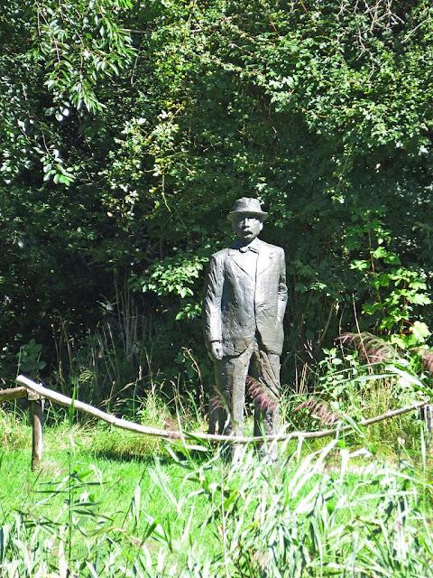 Estatua de Jac P. Thijsse en Thijsse's Hof