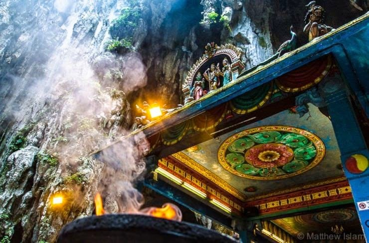 4. Batu Caves, Gombak, Malaysia - Top 10 Incredible Beauties Hidden in the Caves