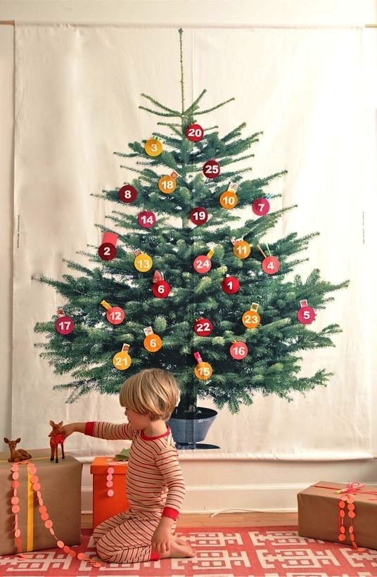 30 Ideas of How to Make a Wood Pallet Christmas Tree