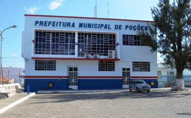 Prefeitura de Poções oferece vagas de emprego
