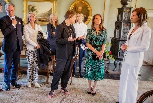 Princess Marie wore a new green print shirt dress by ba&sh.  Princess Esmeralda of Belgium. BA and SH Rozy print shirt dress